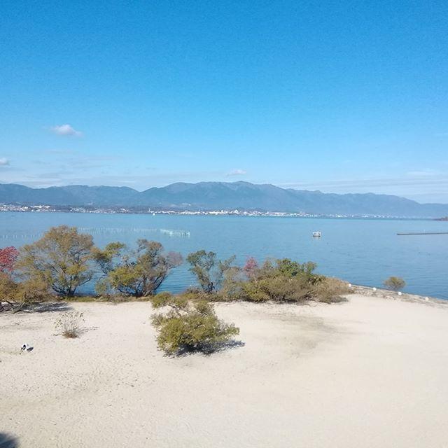 先週土曜日は臨時休業ありがとうございました。冠婚葬祭で、琵琶湖方面へ行ってきました。琵琶湖はやっぱり広いですね~。 今週は水曜日~土曜日、13時~17時、営業いたします。よろしくお願いいたします。